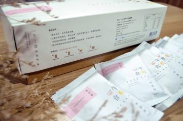 一午一食滴雞精 1510pureday_桃花韻外盒標示